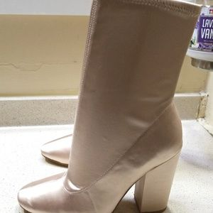 Kendall and Kylie boots for Women